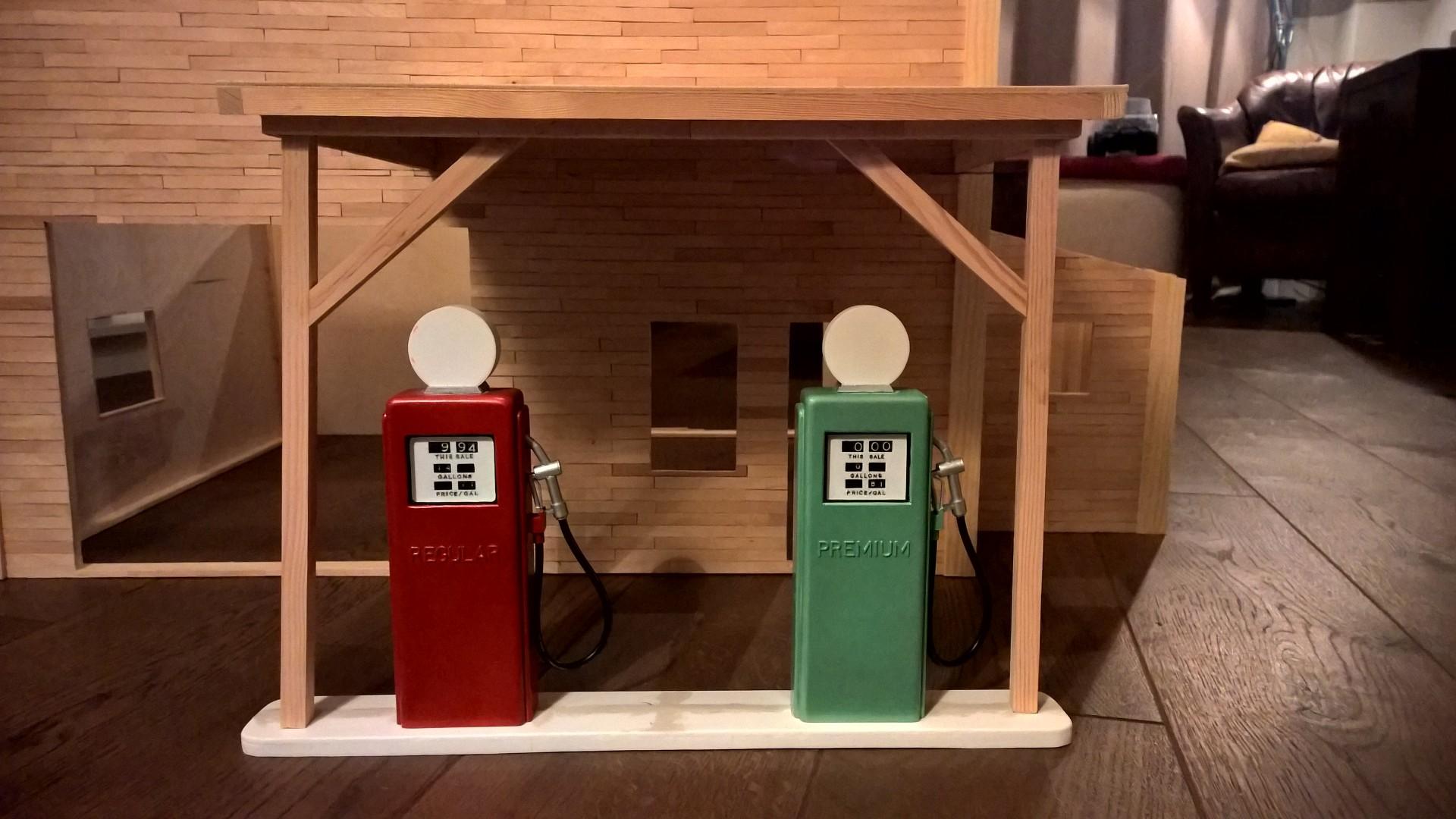Gas_Station_10.jpg